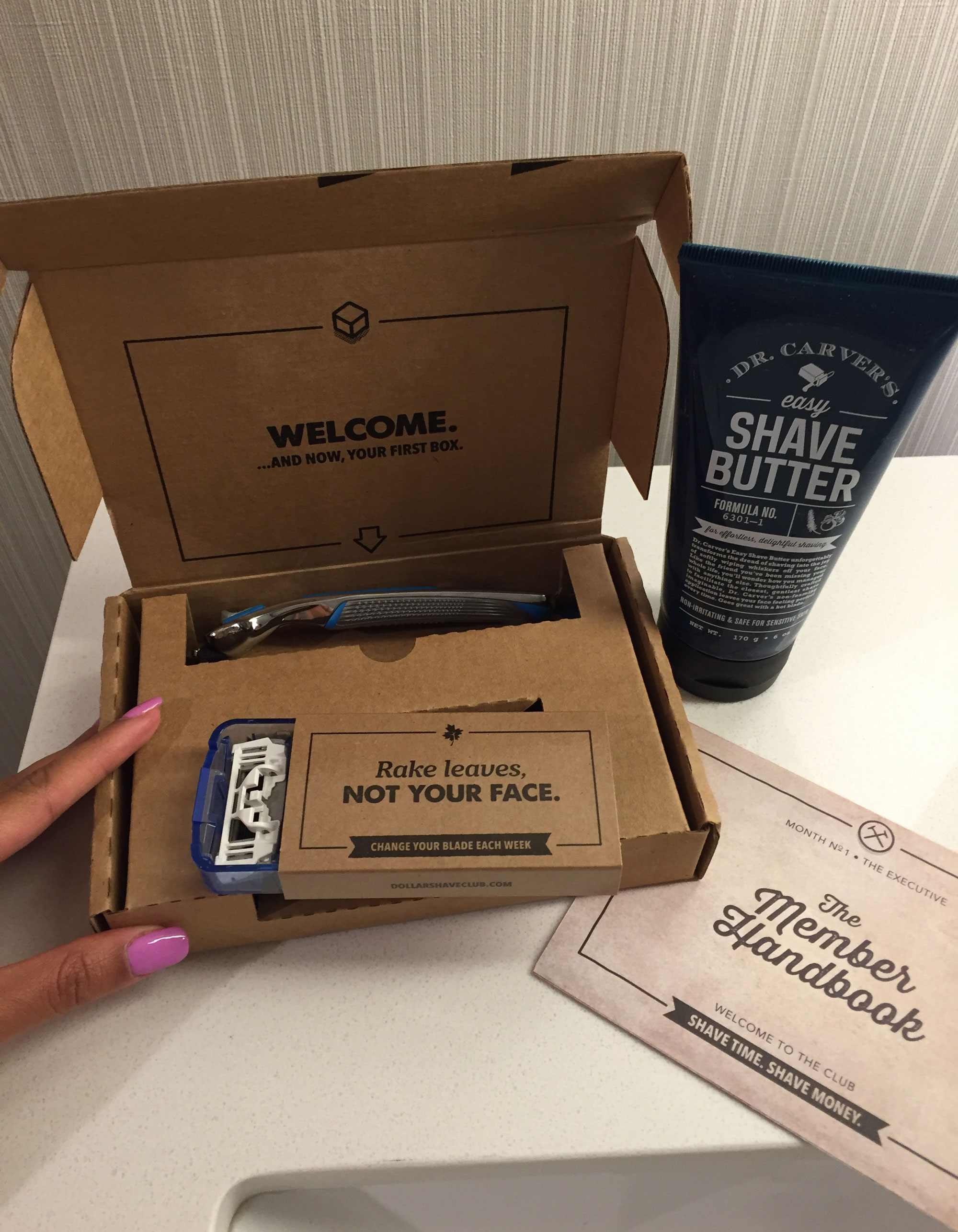 Dollar Shave Club Executive Razor Welcome Box